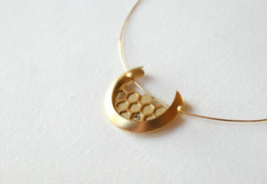 18ct, gold, Honeycomb, Pendant, One off contemporary jewellery design, Hand Made, Design, Jewellery design, Irish contemporary Design, Irish Design, Contemporary jewellery design, Sligo Jeweller, Sligo Goldsmith, Tiffany Budd, Goldsmith, Sligo, Ireland