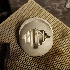 Oxerdised silver, 18ct yelloe gold, Silver jewellery, gold jewellery, Pendant, jewellery Sligo Design Sligo, Goldsmith Sligo, Blog, Val Robus, Magnum lady, Photography, Inspiration, Sligo jeweller