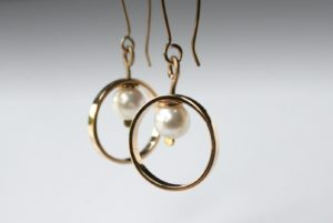 Tiffany Budd, Earrings One off contemporary jewellery design Earrings, Silver, 18ct, gold, pearl, Jewellery, Contemporary jewellery, Sligo, Ireland, Irish Jewellery, Jeweller Sligo, Contemporary,